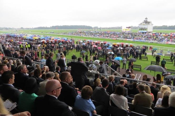 York Races Crowd Ebor Festival